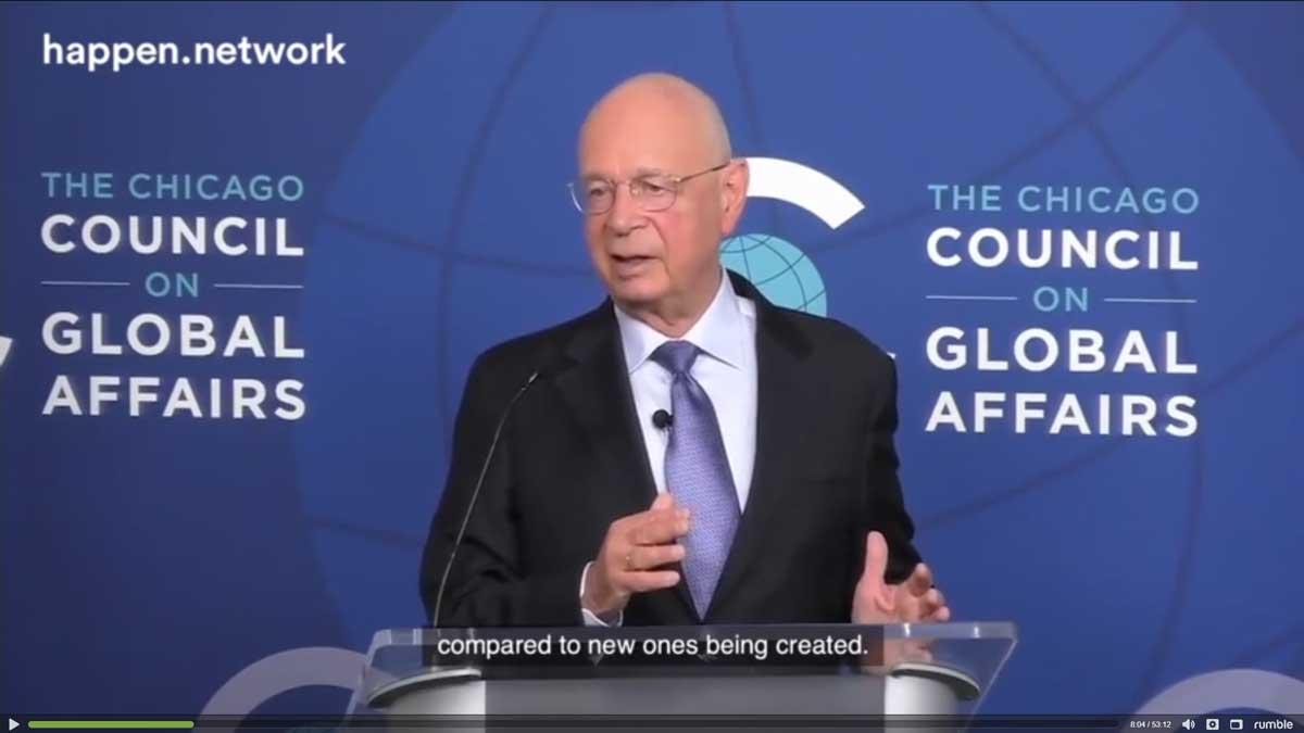 Wake up call - kuvassa Klaus Schwab, World Economic Forum.